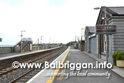 footbridge_removed_balbriggan_train_station_16jun13