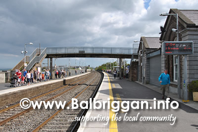 footbridge_removed_balbriggan_train_station_16jun13_2