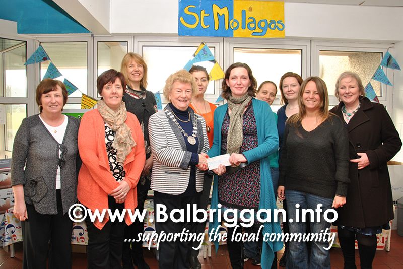 Pictured left to right: Julie O'Brien - Balbriggan ICA, Grainne Maguire - Balbriggan Dramatic Society, Mary Rogers - St Molaga's NS, Frances Nixon - President of Balbriggan ICA, Rachel Simons - St Molaga's NS, Joanne Sparling - St Molaga's NS, Roisin O'Neill - St Molaga's NS, Amanda Sedgwick - St Molaga's NS, Aisling Kelly - St Molaga's NS, Emer Mallon - Balbriggan ICA