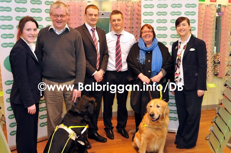 specsavers_and_balbriggan_branch_of_irish_guide_dogs_for_the_blind